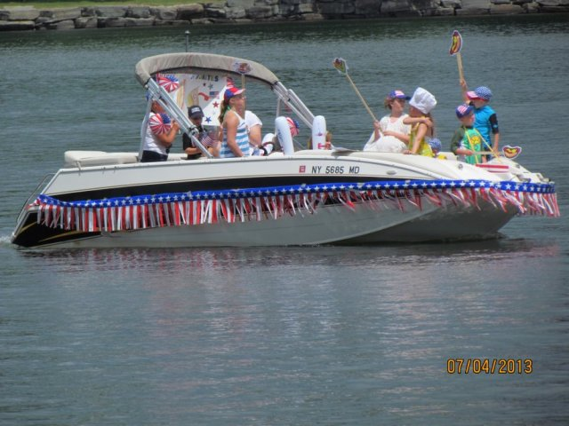 July 4th, 2013 Boat Parade submitted by Ed Sick
